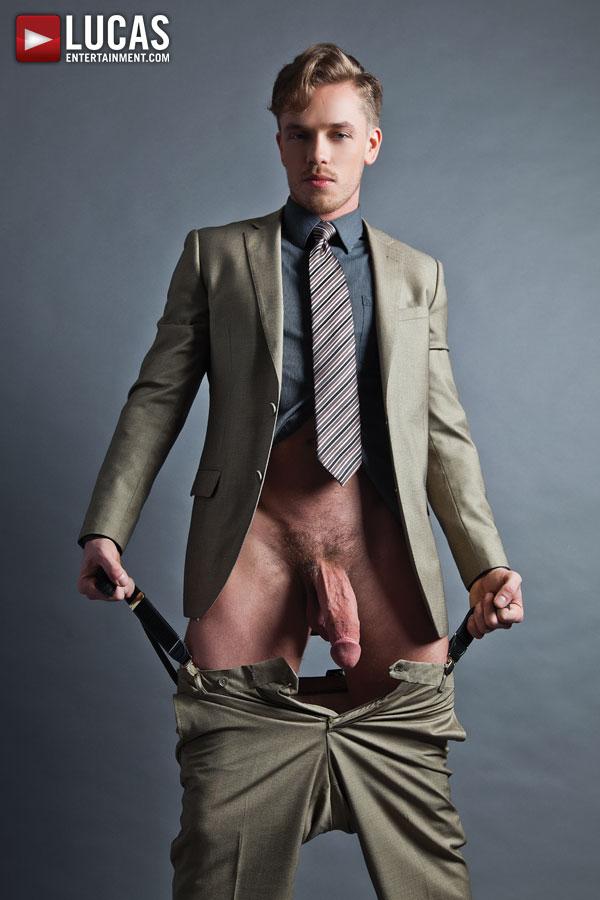 Gay Dorian - 11 Free Dorian Niche Gay