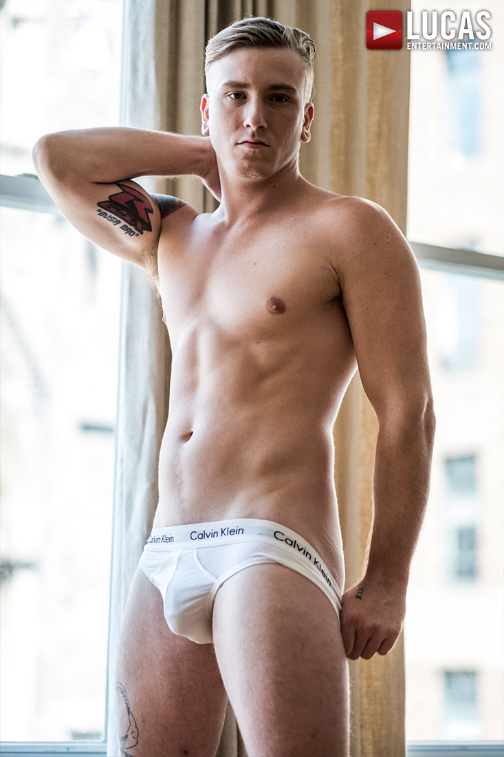 Tom Faulk - Gay Model - Lucas Raunch