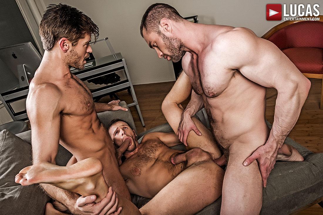 Free gay men hard at work