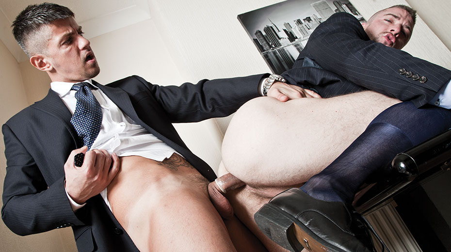 Scott Hunter and Goran Have a Nighttime Affair